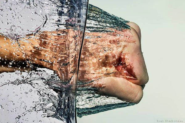 High speed water splash photography